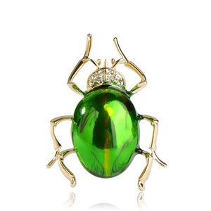 Jewelry - Shiny Green Insect Brooch
